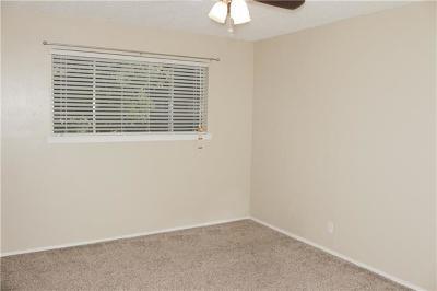 501 Shady Oak St, Burnet, TX 78611 - Listing #:9233977