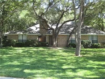 Buda, Kyle Single Family Home For Sale: 205 Daybreak Cv