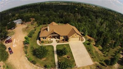 Bastrop Single Family Home For Sale: 246 Winfield Thicket Rd