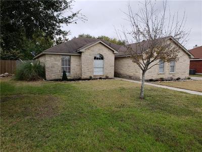Lockhart TX Single Family Home For Sale: $215,000