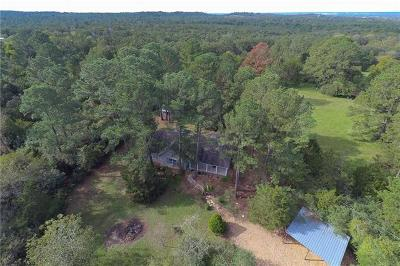Bastrop Single Family Home For Sale: 113 Deer Lake Dr