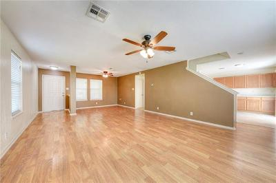 Kyle Single Family Home For Sale: 200 Pimlico