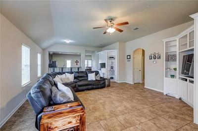 Single Family Home For Sale: 5908 Angelo St