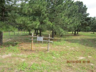 Bastrop Farm For Sale: 147 Oak Leaf Dr