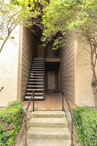 San Marcos Condo/Townhouse Pending - Taking Backups: 1202 Thorpe Ln #403