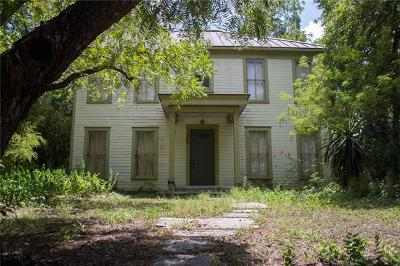 Travis County Single Family Home For Sale: 1605 Canterbury St
