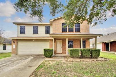 Bastrop Single Family Home For Sale: 216 Bryant Dr