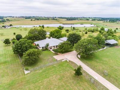 Bell County, Bosque County, Burnet County, Calhoun County, Coryell County, Lampasas County, Limestone County, Llano County, McLennan County, Milam County, Mills County, San Saba County, Williamson County, Hamilton County Single Family Home For Sale: 1636 County Road 139