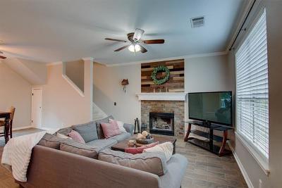 Austin Single Family Home For Sale: 4041 Canyon Glen Cir