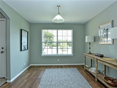 Lago Vista Single Family Home For Sale: 20605 National Dr