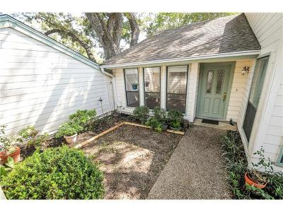 Travis County Condo/Townhouse For Sale: 6403 Paintbrush Holw