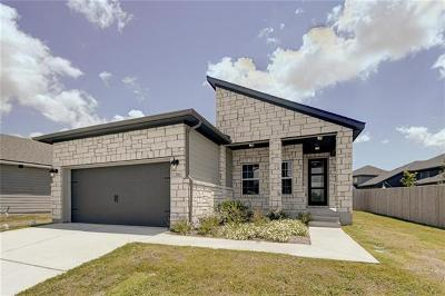 San Marcos Single Family Home For Sale: 516 Lacey Oak Loop