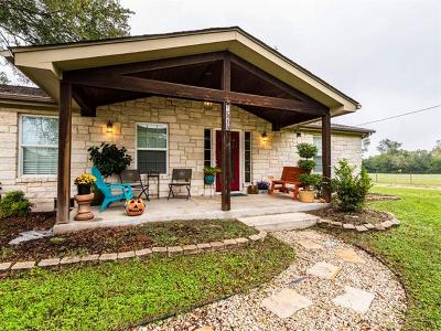 Luling Single Family Home For Sale: 514 San Marcos Hwy