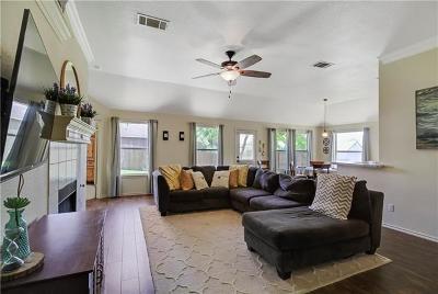 San Marcos Single Family Home For Sale: 1609 Ramona Cir