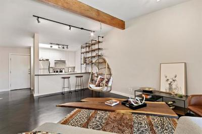 Austin Condo/Townhouse Pending - Taking Backups: 2308 Enfield Rd #205