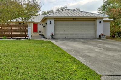 New Braunfels Single Family Home For Sale: 526 Oakwood Blvd