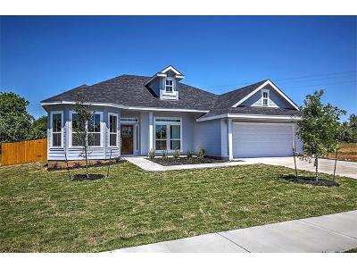Single Family Home For Sale: 806 Savannah Cv