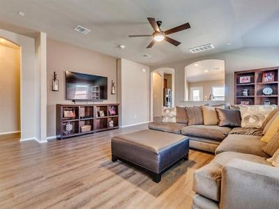 Pflugerville Single Family Home For Sale: 20308 Stanley Robin Ln