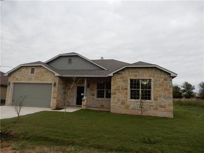 Bastrop TX Single Family Home For Sale: $241,900