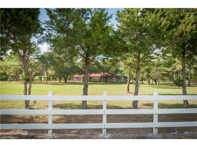 Smithville TX Single Family Home Pending - Taking Backups: $265,000