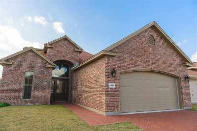 Single Family Home For Sale: 6466 Bell Pointe
