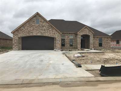 Single Family Home For Sale: 6645 Llano Lane