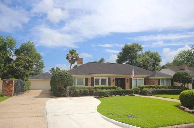 Beaumont Single Family Home Contingent On Closing: 5995 Longwood