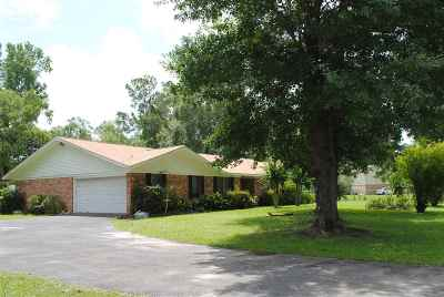 Lumberton Single Family Home For Sale: 30 Taft