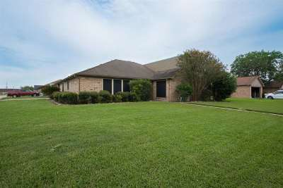 Beaumont Single Family Home For Sale: 1218 Wildemeadow