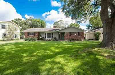 Beaumont Single Family Home For Sale: 4740 Hardwood Lane