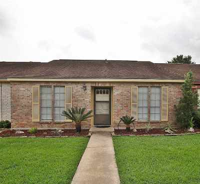 Beaumont Condo/Townhouse For Sale: 5815 Meadow Way