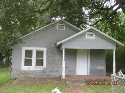 Vidor Single Family Home For Sale: 610 E Tram