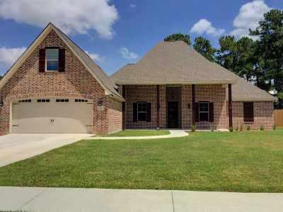 Lumberton Single Family Home For Sale: 175 Dennis
