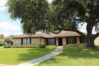 Beaumont Single Family Home For Sale: 4415 Pebble Beach Dr