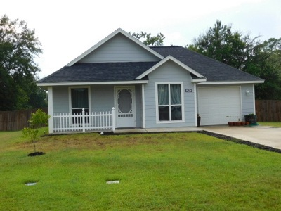 Lumberton Single Family Home For Sale: 828 Village Creek Prkw