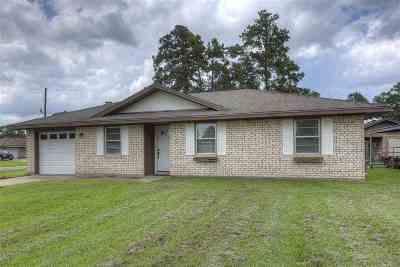 Vidor Single Family Home For Sale: 1055 Timberwood