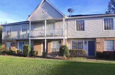 Beaumont Condo/Townhouse For Sale: 8642 Glen Meadow Lane