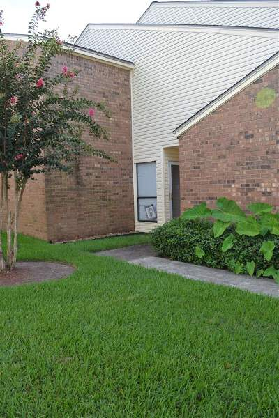 Beaumont Condo/Townhouse For Sale: 1212 N. Major 8s