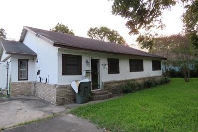 Port Arthur Single Family Home For Sale: 3015 S Park Dr.