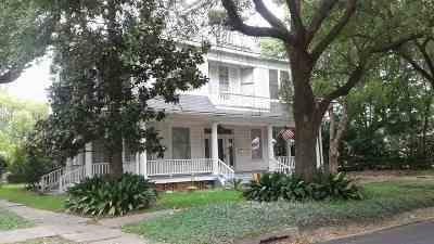 Beaumont Single Family Home For Sale: 2098 McFaddin St.