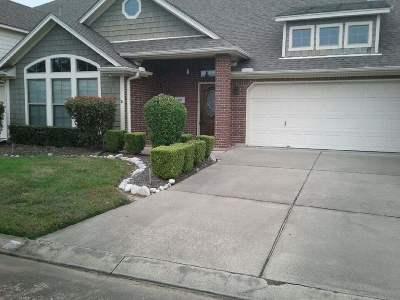 Beaumont Condo/Townhouse For Sale: 411 Harbor Oaks Drive