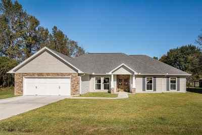 Beaumont Single Family Home For Sale: 107 Twin Pines Ln.