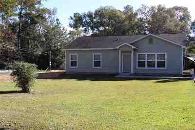 Lumberton Single Family Home For Sale: 270 E Chance