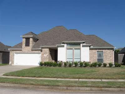 Lumberton Single Family Home For Sale: 108 Mandavilla Way