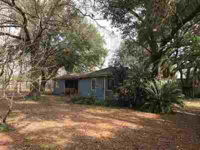 Beaumont Single Family Home For Sale: 15614 Old Sour Lake Road