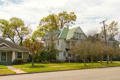 Beaumont Single Family Home For Sale: 1345 Broadway Dr