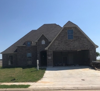 Single Family Home For Sale: 10405 Maple Falls