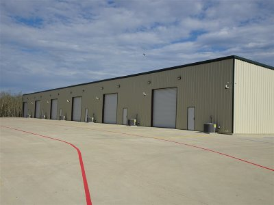 Port Arthur TX Commercial Lease For Lease: $1,800