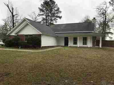 Beaumont Single Family Home For Sale: 7540 Village