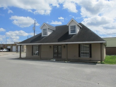 Vidor Commercial For Sale: 20987 I-H 10